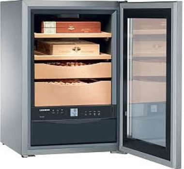 Liebherr ZKes 453 - fully electronic humidor cabinet