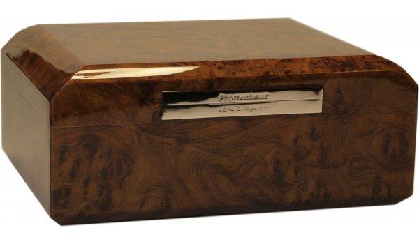 プロメテウス・オクタゴン・ヒュミドール・ウォールナット50シガー (Prometheus Octagon Humidor Walnut 50 Cigars)