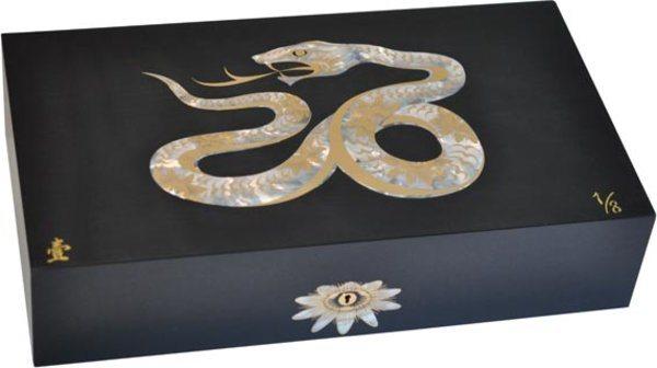 エリーブルー(Elie Bleu) Mother-of-Pearl Snake 限定モデル ヒュミドール ブラック(シリアルナンバー 1~8)